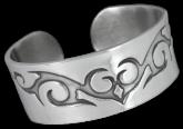 Cuff Bracelet YZB028